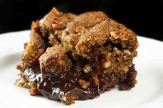 what could be better than an ooey gooey chocolate brownie bar loaded with pecans in a perfect praline topping!  Come see my take on the Queen of Chocolate Alice Medrich's wonderful recipe!