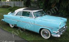 Ford Crestline Skyliner 1953
