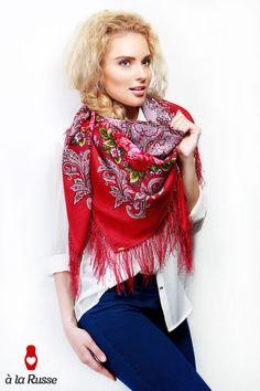 Eine unschlagbare kuschelige Alternative bietet dir Schal à la Russe mit diesem sommerlichen Tuch ANGELIKA
