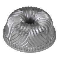 Nordic Ware® Bundt Pan, my fav