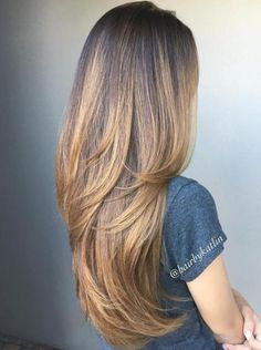 @LoSchussler                                                                                                                                                                                 Mehr Brown Balayage, Long Hair Styles, Easy Hairstyles For Long Hair, Face Shapes, Layered Hair, Beauty, Hair Cuts, Graduated Hair, Beleza