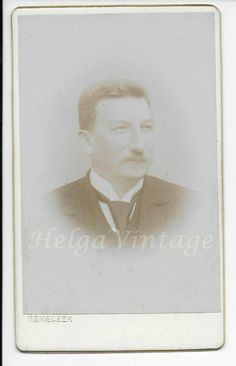 Antique CDV/visit card with gilded edges, man, atelier Nemeczek Polish(? Gilded Edge, Woman Standing, American Civil War, Old Antiques, Portrait Photo, Rare Antique, Vintage Postcards, Real Life, Polish