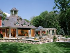 Lake House - Beverly with an indoor/outdoor pool