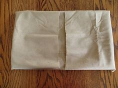 I talked to one of my aunts a while back and told her I would post a tutorial on how to wrap a box in fabric. Cardboard Organizer, Cardboard Box Crafts, Fabric Storage Boxes, Fabric Boxes, Diy Interior Home Design, Diy Home Supplies, Fabric Covered Boxes, Fabric Basket Tutorial, Card Box Wedding