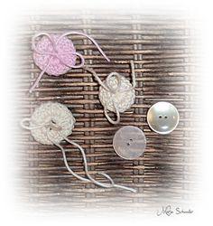 Crotchet buttons