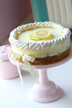 Delightful Lemon Cheesecake
