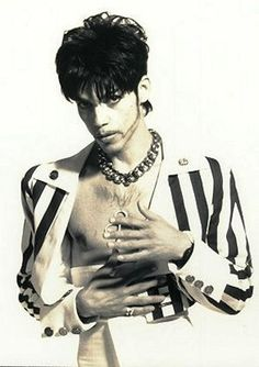 Prince fans! STOP RE-PINNING Prince impersonators! Fake impersonator! NOT PRINCE! (as a side note however, I remember an impersonator that was a regular at Glam Slam West, dude looked incredible rocking Prince's Act II look - so much so that Prince had him kicked out a few times! Seriously!)