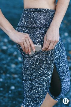 Breathable gear thoughtfully designed with 10 pockets to seamlessly equip your personal items and performance goals. Lululemon Leggings With Pockets, Workout Leggings With Pockets, Yoga Pants With Pockets, Lululemon Shorts, Sparkly Leggings, Glitter Leggings, Sparkly Clothes, Sparkly Outfits, Athletic Clothes