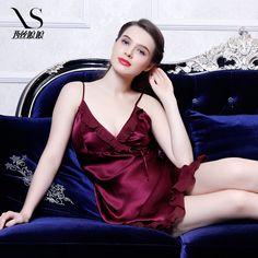 International big-name 2014 the latest summer nightdress Sissy silk v-neck strap lace skirt Empress