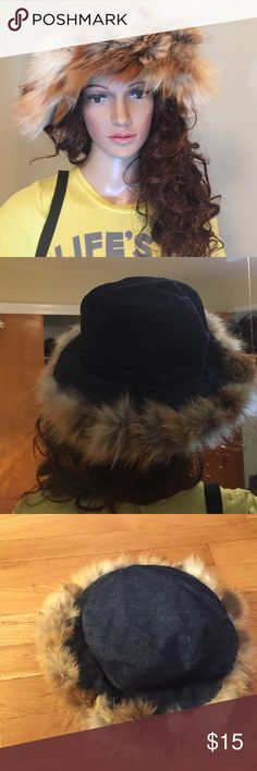 """💋Lord & Tylor Hat Made in Italy. 60% Cotton, 40% fox.  Measures 21"""" Lord & Taylor Accessories Hats"""