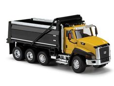 CAT CT660 Dump Truck Diecast Model Motor Grader by Norscot 55290 This CAT CT660 Dump Truck Diecast Model Motor Grader is Yellow and features working tipper body, wheels. It is made by Norscot and is 1:50 scale (approx. 22cm / 8.7in long).