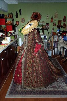 """Work by """"The Renaissance Tailor: Recreating 16th & 17th Century Accessories"""". Quite awesome, I'll say!"""