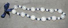 Collana in finte perle su nastro di raso blu di LecreazionidiVicky, €8.00