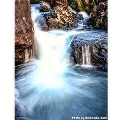 【williambernadi】さんのInstagramをピンしています。 《Waterfall Long Exposure . . . . . . . #landscape #nature #natural #longexposure #waterfall #stone #rock #water #river #highlands #hill #fall #valley #mountain #forest #lake #creek #peaceful #滝 #石 #岩 #水 #川 #高地 #丘 #秋 #谷 #山 #森林 #湖》