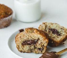 Nutella Stuffed Banana Muffins - Pretty. Simple. Sweet.