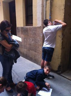 Material didáctico. Los niños ha. Descubierto las escondidas murallas de #Valencia #CaminArt Ruta familiar #CaminsdeConquesta La Valencia de Jaume I
