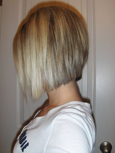 back view of my short hair ;)