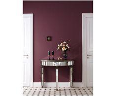"""An die Pinsel, fertig, los! Verleihen Sie Ihren Räumen mit der neuen Kollektion """"Feine Farben"""" von Alpina einen besonderen Look. Die edelmatten Wandfarben für Innen überzeugen mit beeindruckender Farbtiefe und außergewöhnlicher Brillanz. Jede der zeitlosen Farbnuancen wurde speziell von den Alpina Farbexperten mit Leidenschaft entwickelt. Mit hochwertigen Inhaltsstoffen und der schönsten Auswahl an angesagten Farben können Sie Ihrem zu Hause Raum für Raum einen einzigartigen Charakter un..."""