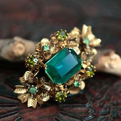 Choose Your Own Jewelry Styles Gold Rings Jewelry, Gemstone Jewelry, Beaded Jewelry, Jewelery, Antique Brooches, Antique Jewelry, Vintage Jewelry, Natural Stone Jewelry, Beaded Brooch