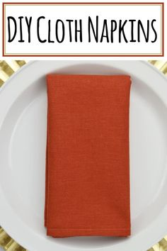 Simple DIY Cloth Napkins You Can Whip Up Quickly Cloth napkins help set apart special dinners by giving the table added elegance. You can make these DIY Cloth Napkins in a matter of minutes. Cloth Dinner Napkins, Napkins Set, Sewing Mitered Corners, Rustic Napkins, Easy Diy, Simple Diy, Sewing To Sell, Small Sewing Projects, Diy Projects