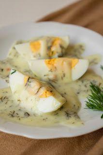 Doprawione fantazją...: Jajka w sosie koperkowym