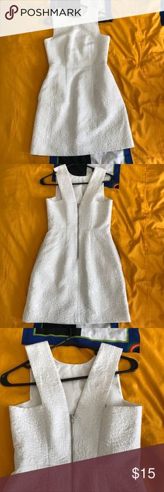 Women's dress with pockets Excellent condition; lined; with pockets on the sides; H&M Dresses Midi