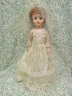 "Deluxe Reading 20"" Bride fashion doll vintage 1950's, hard plastic body pm-6 
