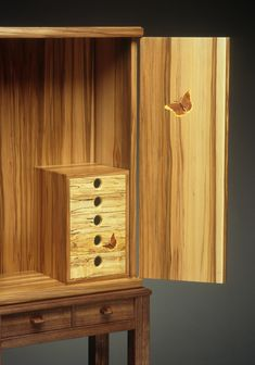 Studio Furniture, Wood Crafts, Door Handles, Cabinets, Projects, Home Decor, Ideas, Armoires, Log Projects