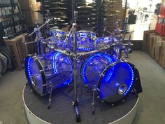 DW Design Series 7 Piece Acrylic Drum Set with Lights and DW Rack/Hardware (Pre-Owned) Digital Piano Keyboard, Drum Music, Used Guitars, Drum Lessons, Custom Guitars, Drum Kits, Clarinet, Sound Of Music, Percussion