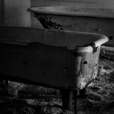 if these walls could talk i wouldnt wanna hear it. happy halloween! #hydrotherapy  #happyhalloween #allhallowseve #happy #halloween #haunted #horror #trickortreat #locationscouting #productionlife #filmmaking #abandoned #urbex #rurex #ghost #bathtub #torture #ruinporn #blackandwhite #vsco #vscocam #photooftheday #ig_urbex #phantom #iphone #insane #asylum #boo #detroithustlesharder