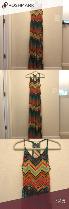 "Ella Moss chevron maxi dress Ella Moss chevron maxi dress originally bought at Saks. Size small, hemmed to fit a 5'4"" frame. Has an elastic band at the waist. Worn once. Great condition! Ella Moss Dresses Maxi"