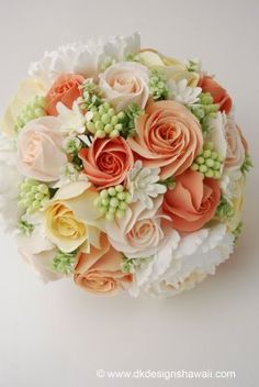 Peach, apricot and ivory bouquet