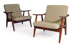 Mid Century loungers. Want the recover the cushions with a pop of color or pattern.