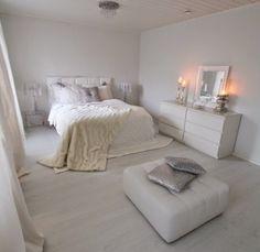 Nyt hurjat 9 neliötä missing our old bedroom ❤ Ikea Bedroom Design, Room Ideas Bedroom, Bedroom Decor, Bedroom Mirrors, Minimal Bedroom, Modern Bedroom, Scandinavian Style Bedroom, White Bedroom, Bedroom Design Inspiration