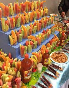 New Fruit Cups Fiesta Ideas Mexican Birthday Parties, Mexican Fiesta Party, Fiesta Theme Party, Taco Party, Festa Party, Snacks Für Party, Fruit Birthday, Fiesta Gender Reveal Party, Fruit Party
