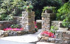 home landscaping photos-stone work entrance to house. home landscaping photos-stone work entrance to house. Landscape Design, Garden Design, Driveway Entrance, House Entrance, Driveway Landscaping, Residential Landscaping, Landscaping Plants, Front Yard Fence, Fence Gate