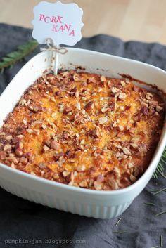 Porkkanalaatikko  http://pumpkin-jam.blogspot.fi/2012/12/luukku-18-porkkanalaatikko.html