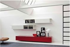 Sospendo Wall Unit by Sangiacomo, Italy in gloss Amarena lacquer and in matt Bianco lacquer.	 Manufactured By San Giacomo.