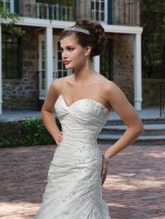 Modern sweetheart empire waist taffeta wedding dress  Read More:    http://weddingspurple.com/index.php?r=modern-sweetheart-empire-waist-taffeta-wedding-dress.html