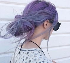 Image shared by MidnightShit. Find images and videos about beautiful, hair and grunge on We Heart It - the app to get lost in what you love. Lavender Hair, Lilac Hair, Violet Hair, Pixie Color, Bronde Balayage, Coloured Hair, Dye My Hair, Mermaid Hair, Grunge Hair