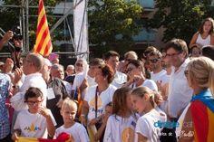 Dia de soroll, molt soroll. La majoria de diaris i tertúlies catalanes valoren de manera positiva la Diada independentista, emfatitzant el mèrit d'aguantar la pressió al carrer durant cinc anys i remarcant la unitat del moviment, que gairebé obliga els polítics a anar també de la maneta.