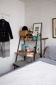 These are some game-changing small apartment organization tips that will make you love the space you're in, even if your roommate's weird.