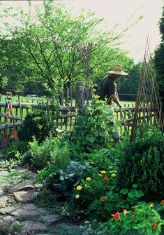 Vegetable Garden - Jon Carloftis Fine Gardens