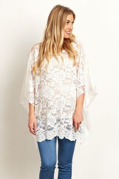 This delicate maternity poncho top is the perfect piece for a romantic date night. A gorgeous floral lace material gives you a feminine look that will go beautifully with maternity jeans and boots. Add your favorite long necklace and bangles to complete the look.