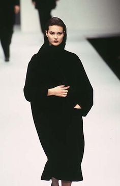 Shalom Harlow - Max Mara - Ready-to-Wear - Runway Collection - Women Fall / Winter 1997