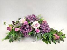 STROIKI NA GROBY - Kompozycje kwiatowe Marko604 Altar, My Flower, Flowers, Ikebana, Funeral, Floral Arrangements, Floral Wreath, Wreaths, Decor