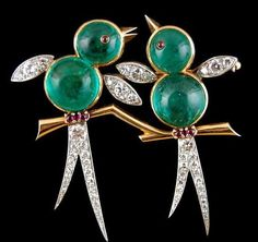 VAN CLEEF & ARPELS 2 Birds Diamond Emerald Pin
