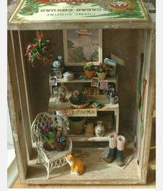 potting table vignette in an old crate Miniature Plants, Miniature Rooms, Miniature Fairy Gardens, Miniature Houses, Miniature Furniture, Dollhouse Furniture, Muñeca Diy, Fairy Houses, Doll Houses