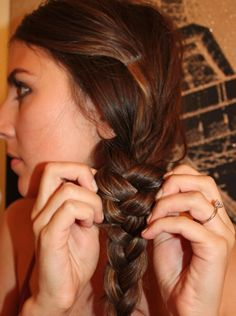 SIDE BRAID – WEDDING HAIRSTYLE FOR LONG HAIR When you have been invited to attend a wedding and stack of the hairstyle to style and wear on your head, try this chic side braid hairstyle. It's easy to style and it has variety of many different ways to style it depending on your individual preference. You can create a side braid with a ponytail or create it without a ponytail.  - See more at: http://www.askmamaz.com/wedding-hairstyles-long-hair/#sthash.RaYVTPbf.dpuf