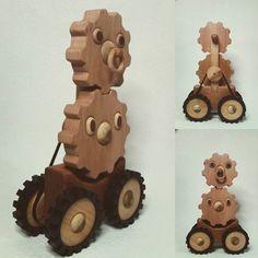 木工作品集 237 Woodcraft works portfolio 237 友人の描いた歯車のキャラクターハグとルマの #トイ #Toy of my friend's character 'Hag & Ruma' the gear brother & sister. (c) Maeda http://ift.tt/1Nq0R26